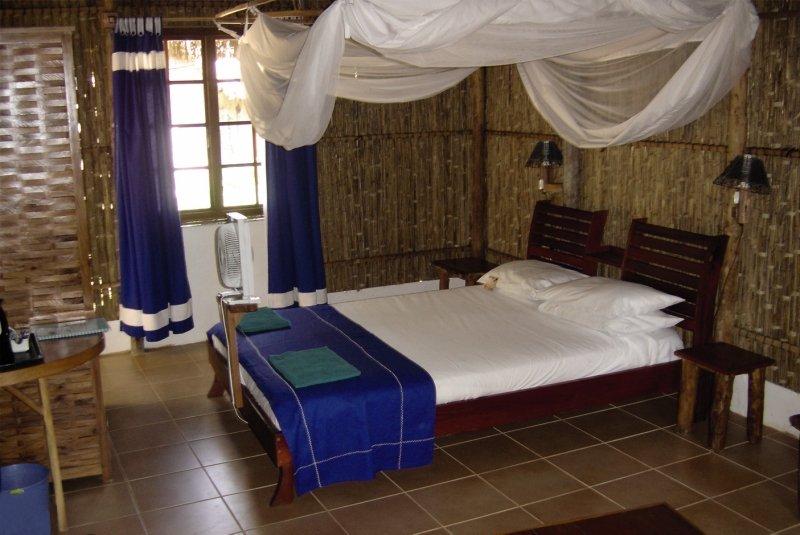barra-lodge-mozambik-mozambik-inhambane-basen.jpg
