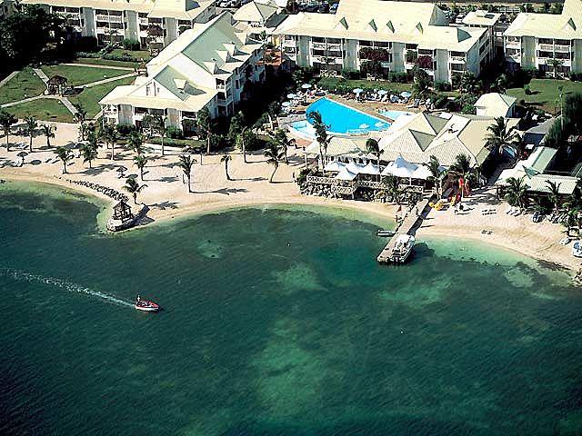 mercure-saint-martin-marina-mercure-simson-beach-saint-martin-widok-z-pokoju.jpg