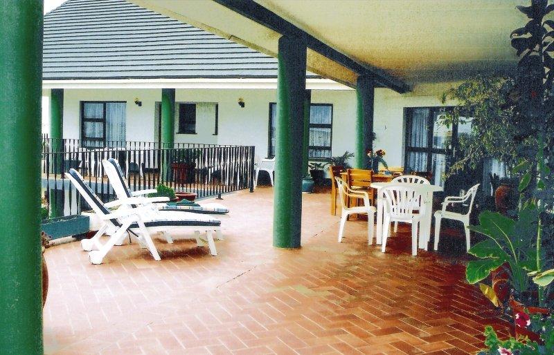 gastehaus-zur-waterkant-gastehaus-zur-waterkant-namibia-namibia-ogrod.jpg