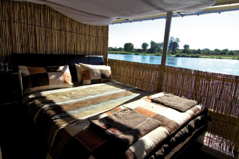 ndhovu-safari-lodge-ndhovu-safari-lodge-namibia-namibia-widok-z-pokoju.jpg