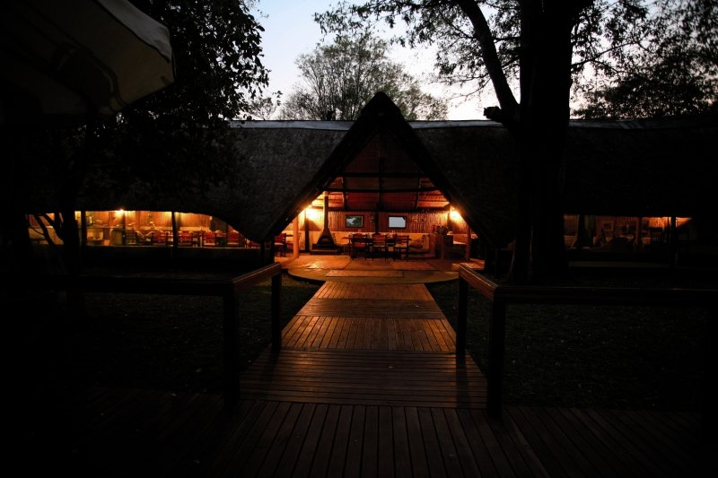 ndhovu-safari-lodge-ndhovu-safari-lodge-widok.jpg
