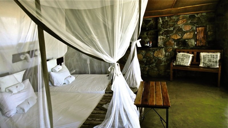 little-sossus-lodge-little-sossus-lodge-namibia-namibia-bar.jpg