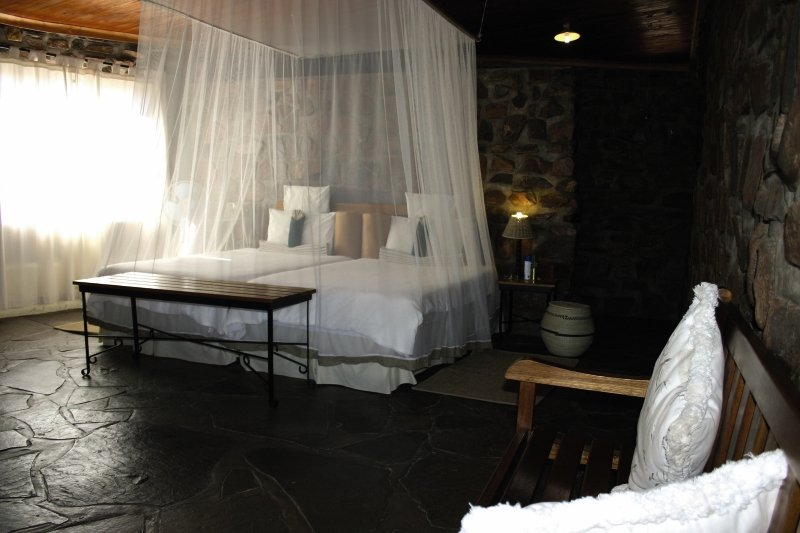 little-sossus-lodge-namibia-namibia-lobby.jpg