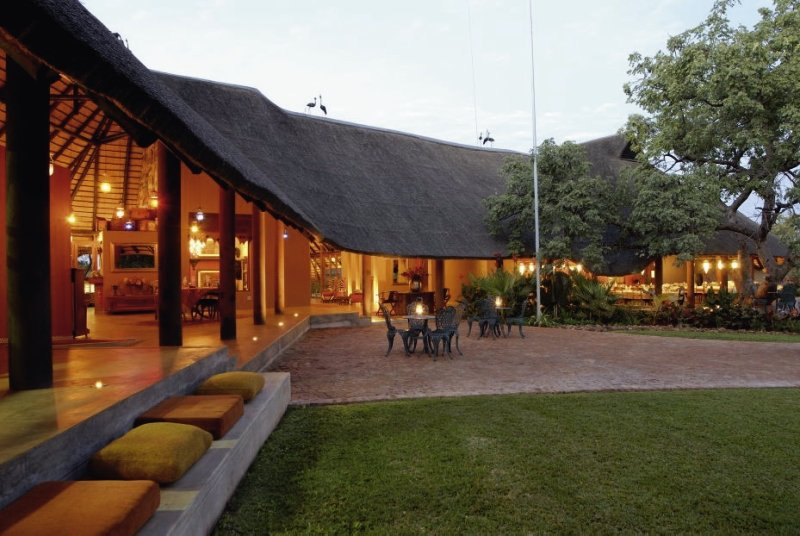 uris-safari-lodge-uris-safari-lodge-lobby.jpg