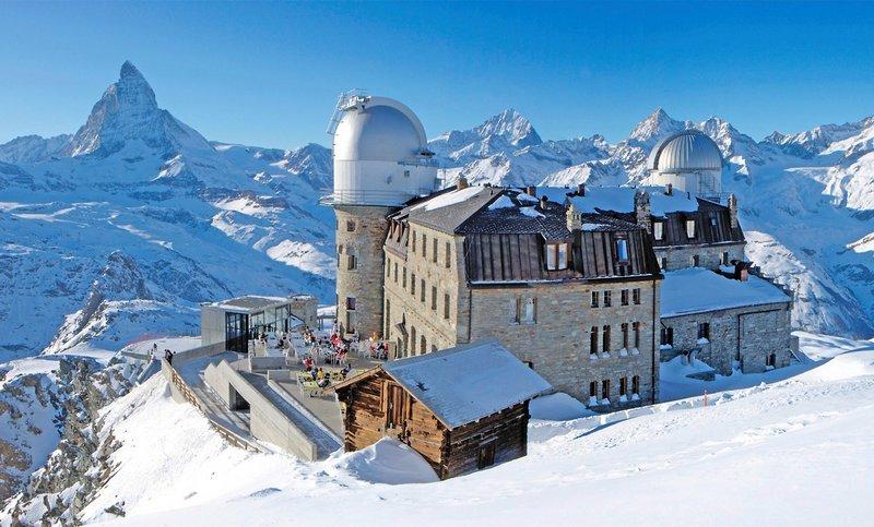 3100-kulmhotel-gornergrat-szwajcaria-valais-alpy-zermatt-ogrod.jpg