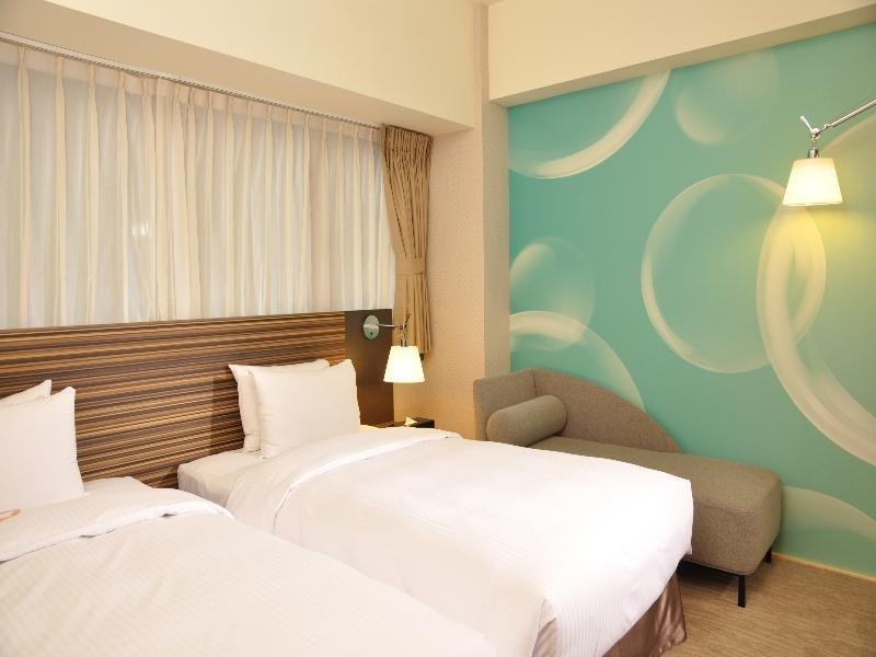 caesar-park-hotel-taipei-tajwan-tajwan-taipeh-recepcja.jpg