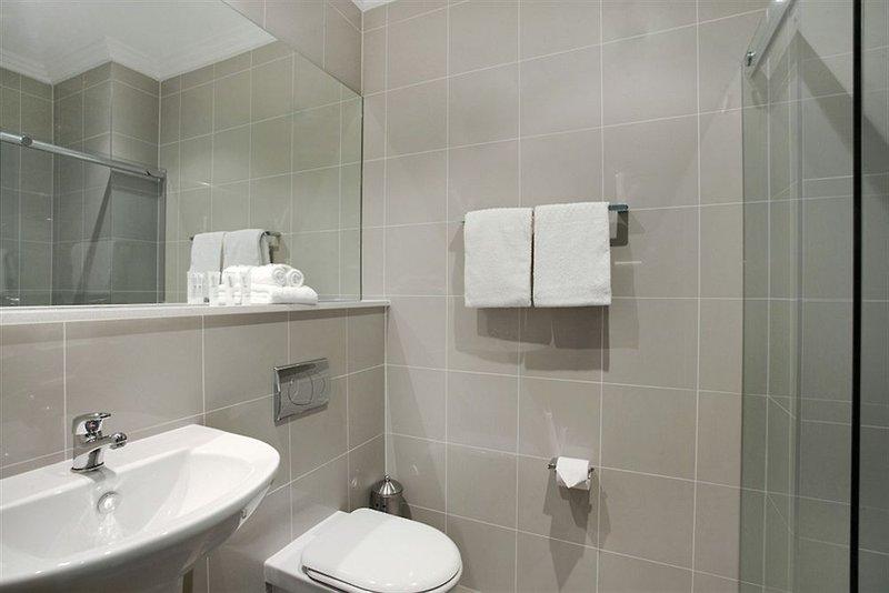 adara-camperdown-apartments-australia-nowa-poludniowa-walia-sydney-bar.jpg