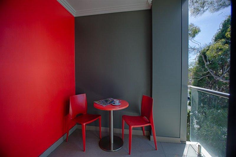 adara-camperdown-apartments-australia-nowa-poludniowa-walia-sydney-bufet.jpg