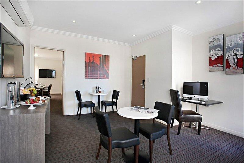 adara-camperdown-apartments-australia-nowa-poludniowa-walia-sydney-wyglad-zewnetrzny.jpg