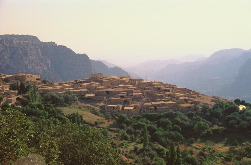 jordanien-rundreise-durch-die-geschichte-jordania-basen.jpg
