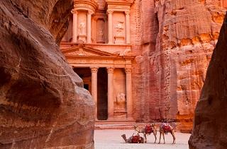 jordanien-rundreise-durch-die-geschichte-jordania-jordania-amman-ogrod.jpg