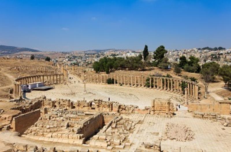 jordanien-rundreise-durch-die-geschichte-jordania-plaza.jpg