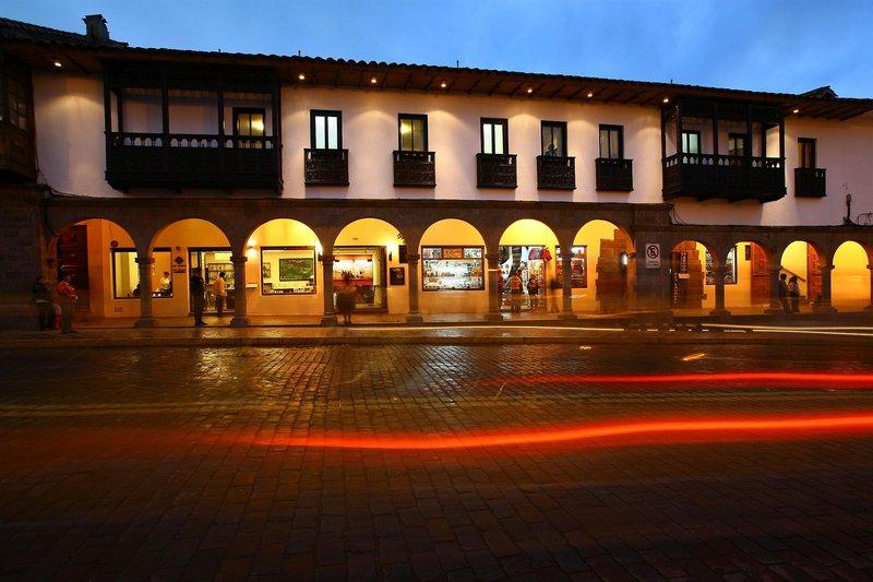 casa-andina-classic-cusco-plaza-peru-basen.jpg